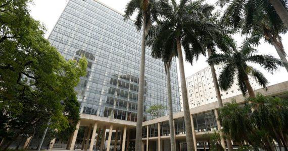 Palácio Capanema e das brilhantes mentes que o constuíram e povoaram, como por exemplo, Oscar Niemeyer e Villa Lobos.