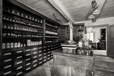 Apteka. Pharmacy.
