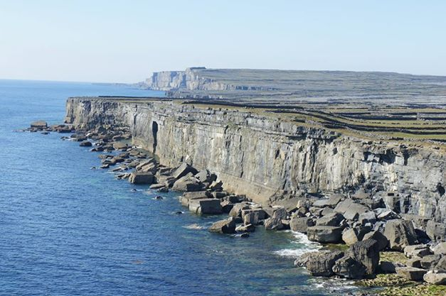 cliffs inis mor