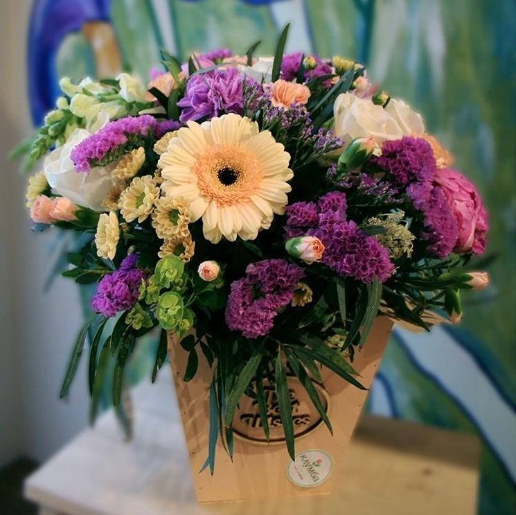 Цветок орхидея, какие цветы лучше подарить невесте от гостей