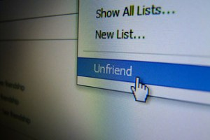 Unfriend Facebook  - Unfriend Facebook