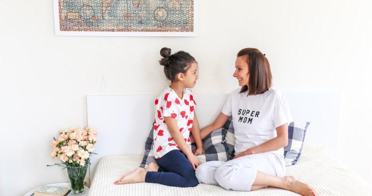 Майка и дъщеря супер герои