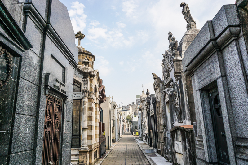 Recoleta-Cemetery-18