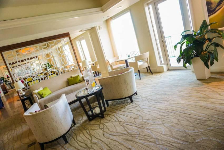 Ritz-Carlton-Four-Seasons-22