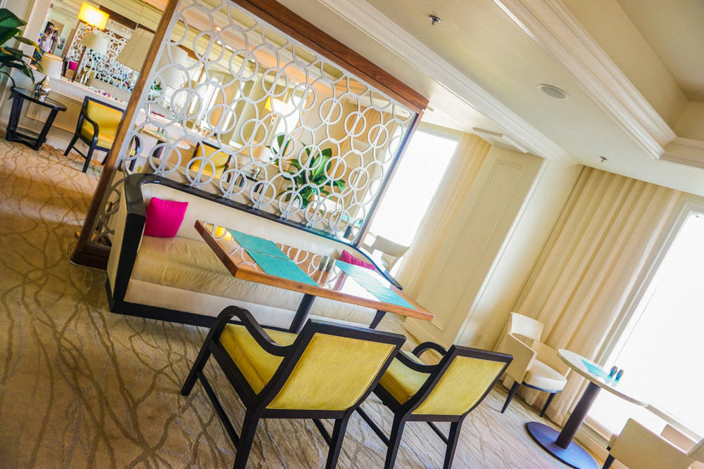 Ritz-Carlton-Four-Seasons-25