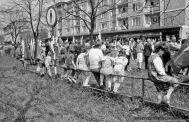 POCHOD_1-MAJ_[PRL]_TYCHY_1988_FOT_IRENEUSZ KAZMIERCZAK