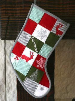 15 Christmas Stocking Quilt Patterns