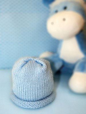 Basic Preemie Hat, Free Preemie Hats Knitting Patterns: Round up post containing a list of various Free Preemie Hats Knitting Patterns. Some with video tutorials.