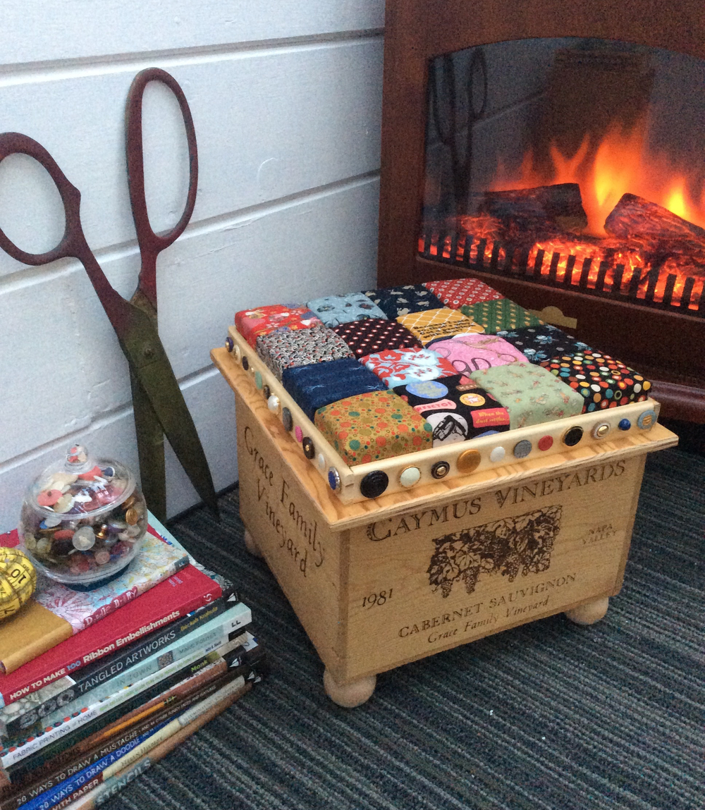 Recycled Wine Crate Footstool DIY Home Decor