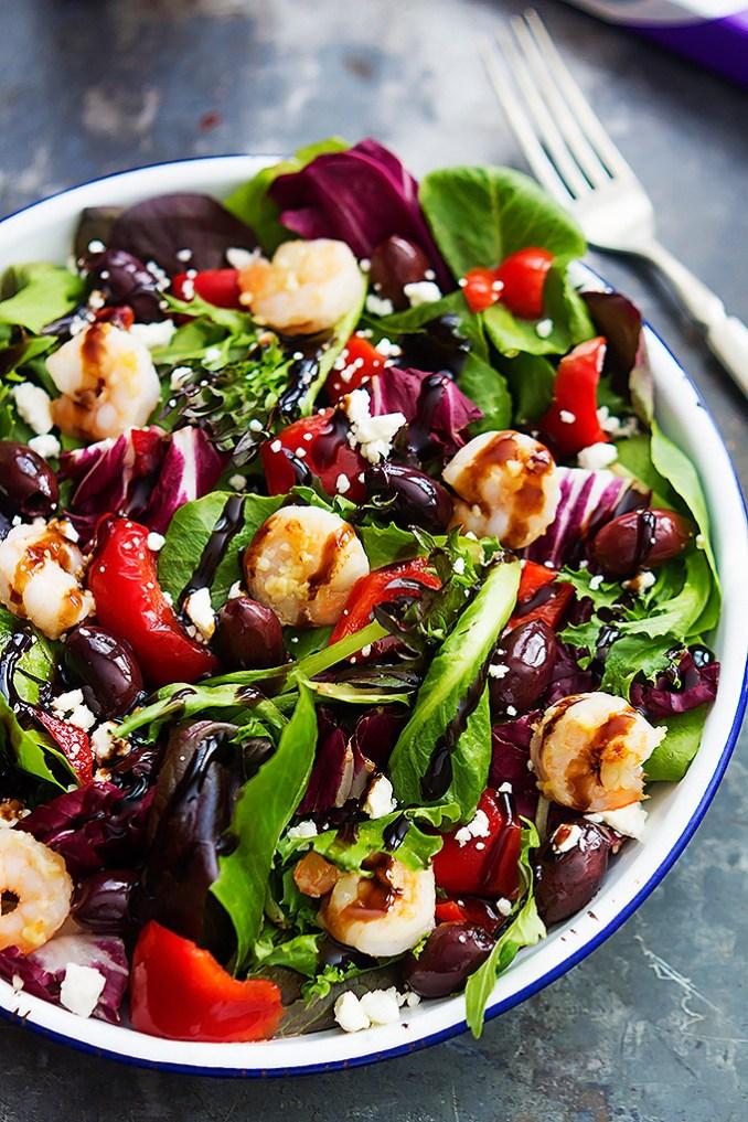Mediterranean Garlic Shrimp Salad | RecipeLion.com