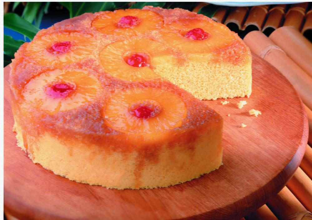 Quick Pineapple Cake