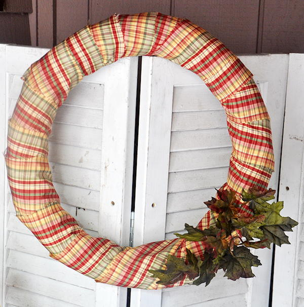 DIY Fall Wreath From A Pool Noodle