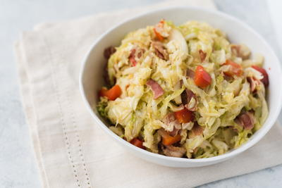 Spicy Smothered Bacon Cabbage Recipe   RecipeLion.com
