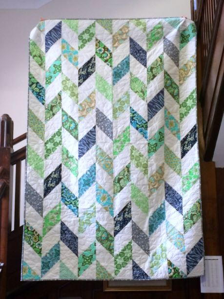Daisy Chain Strip Quilt Tutorial Favequilts Com
