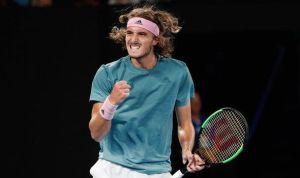 Roger Federer crashes out of Australian Open