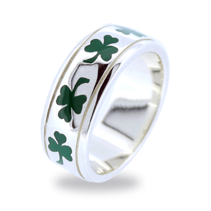 green_shamrock_ring