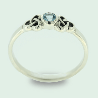 petite_blue_topaz_with_trinity_knots