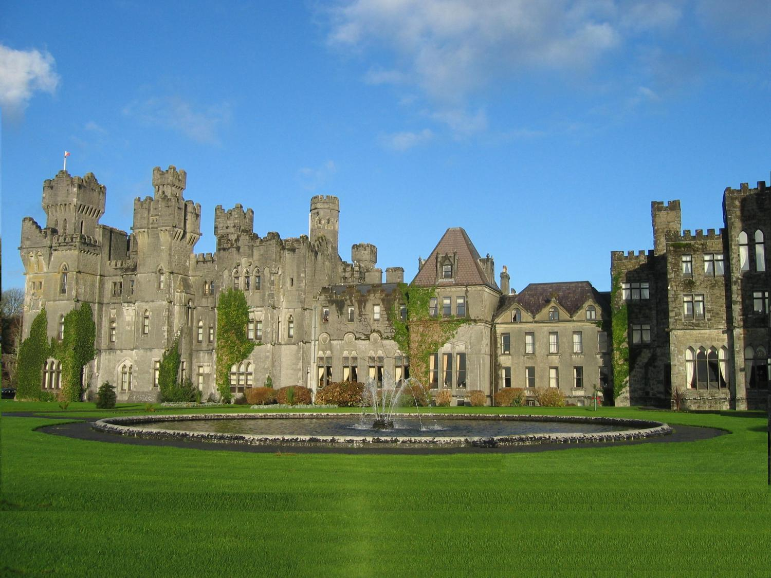 Ashford_Castle_in_County_Mayo