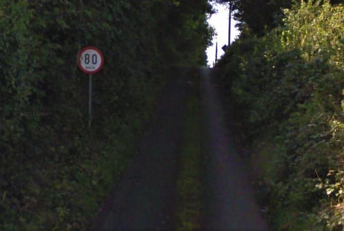 80kmh grass road