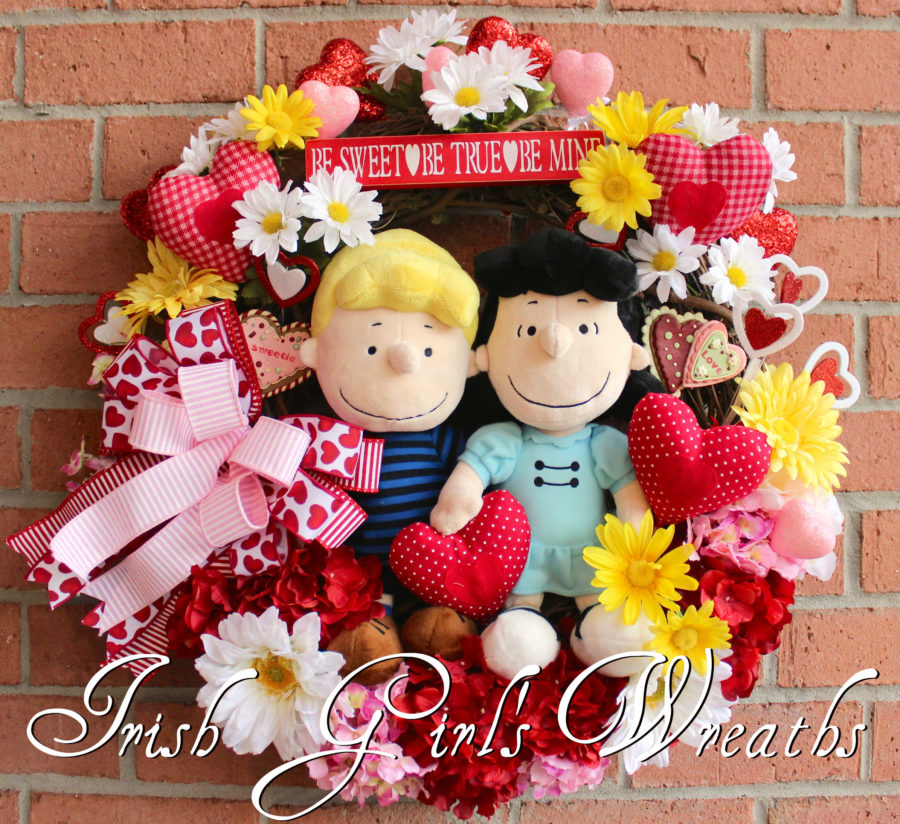 Lucy and Schroeder Peanuts Valentines Wreath, Custom Order