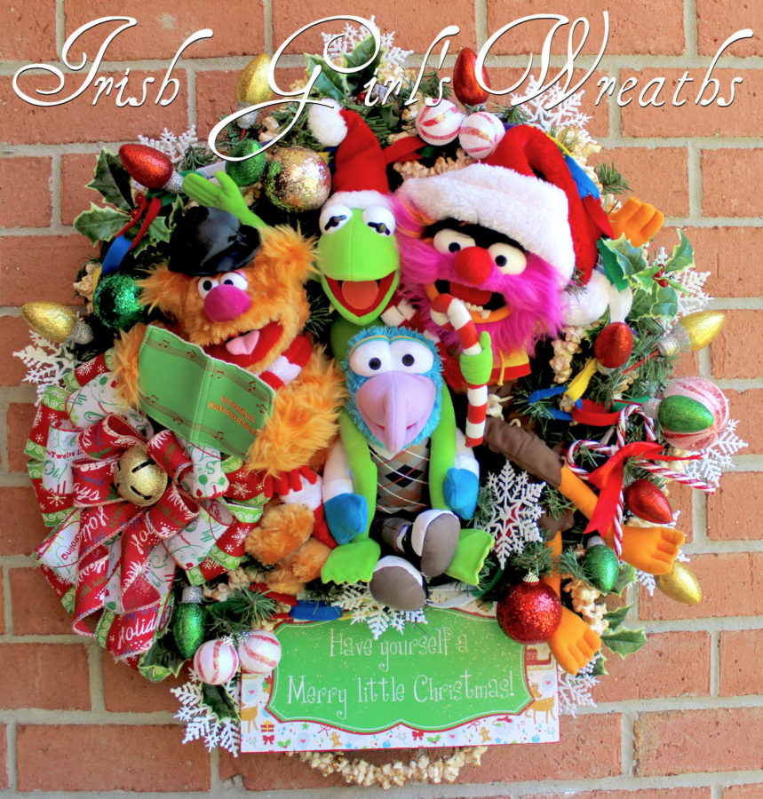 Deluxe Muppets Merry Little Christmas Wreath