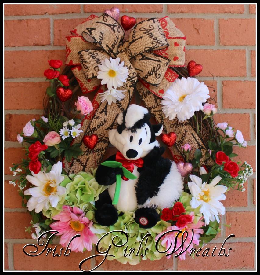Pepe Le Pew Spring Rose Valentine Wreath