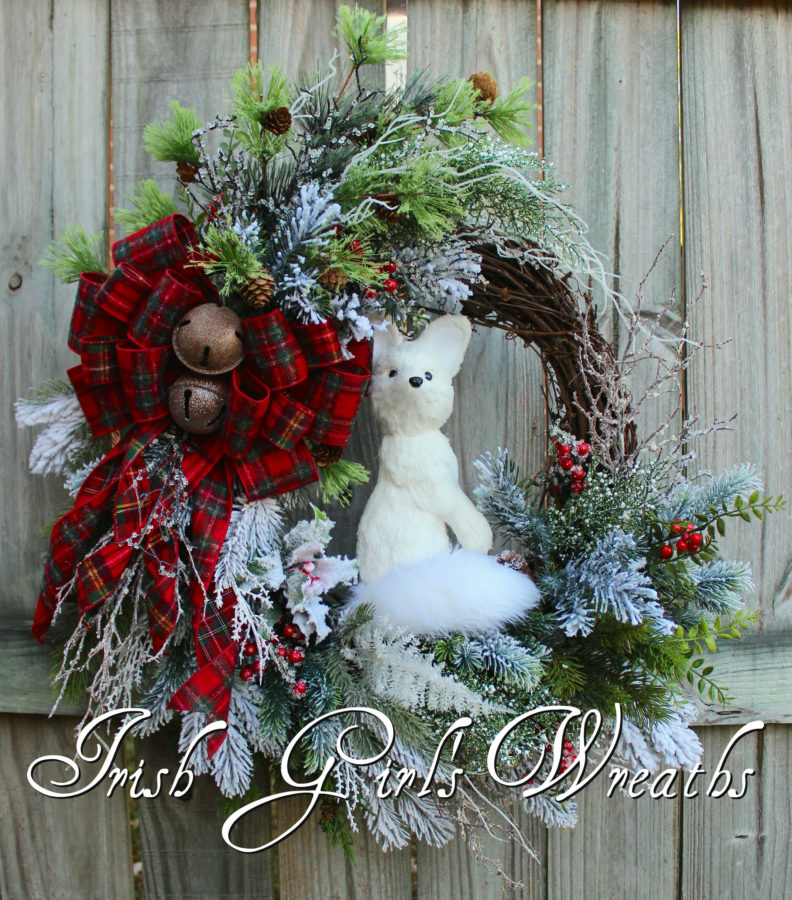 Woodland Winter Arctic Fox Wreath Red Flannel Tartan Plaid