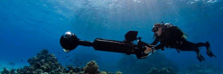 Ocean Agency diver in the ocean.
