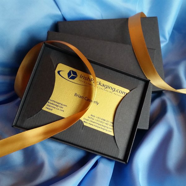 Gift card box with insert