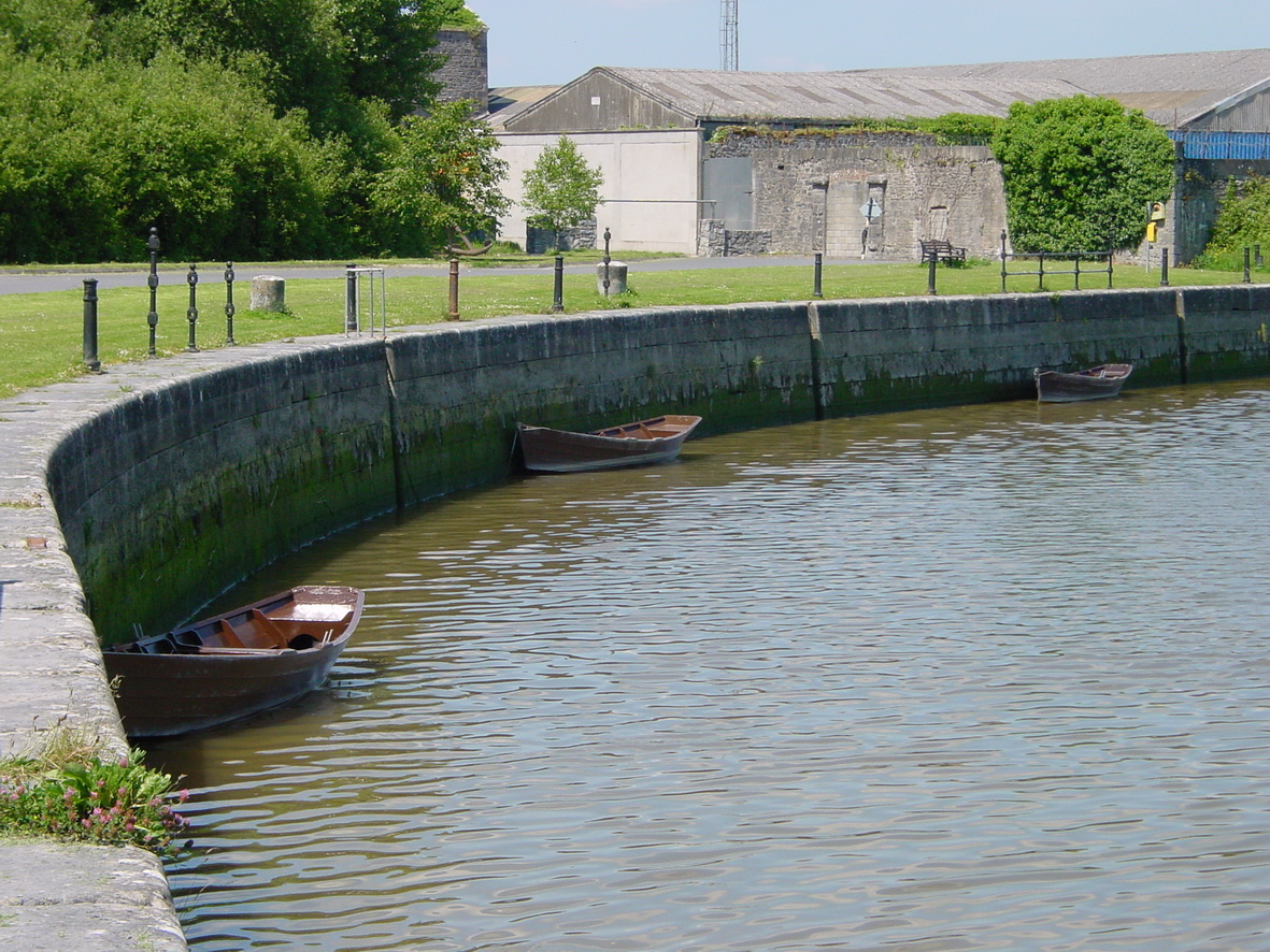 The quay at Clarecastle