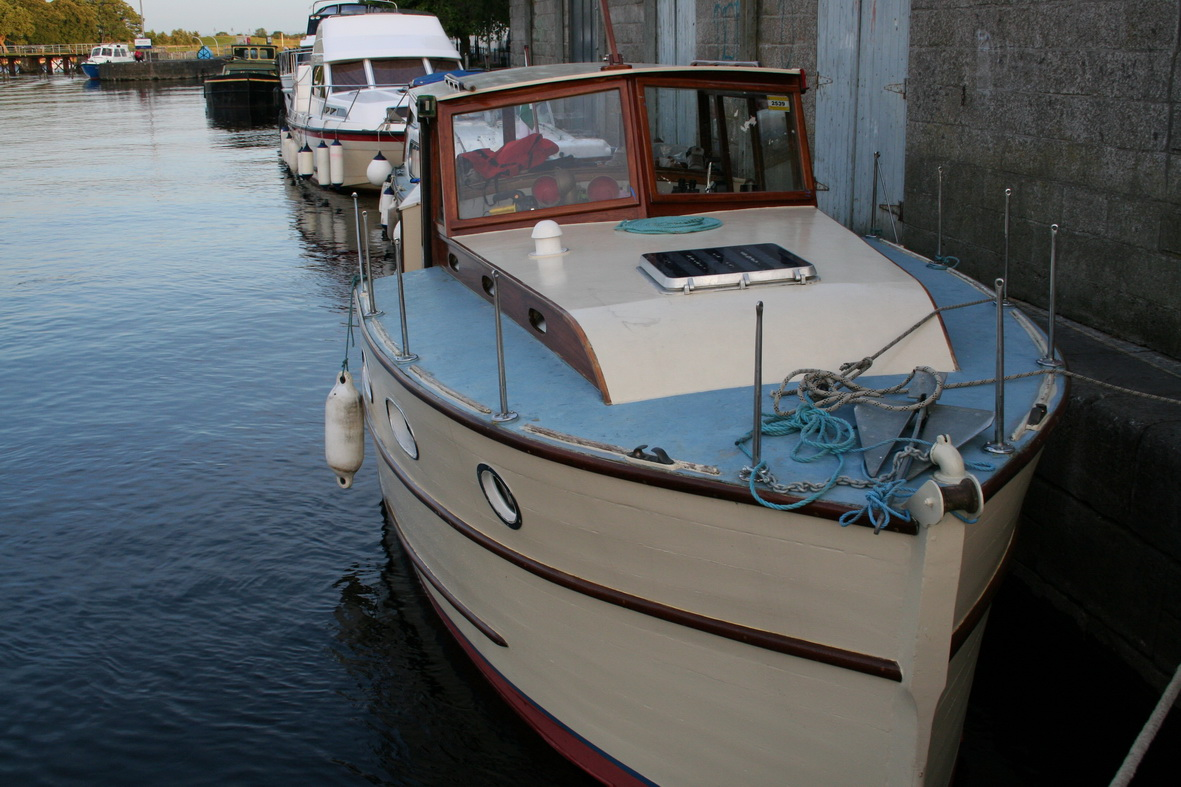 Unnamed cruiser in Athlone (being driven by SOR) 1
