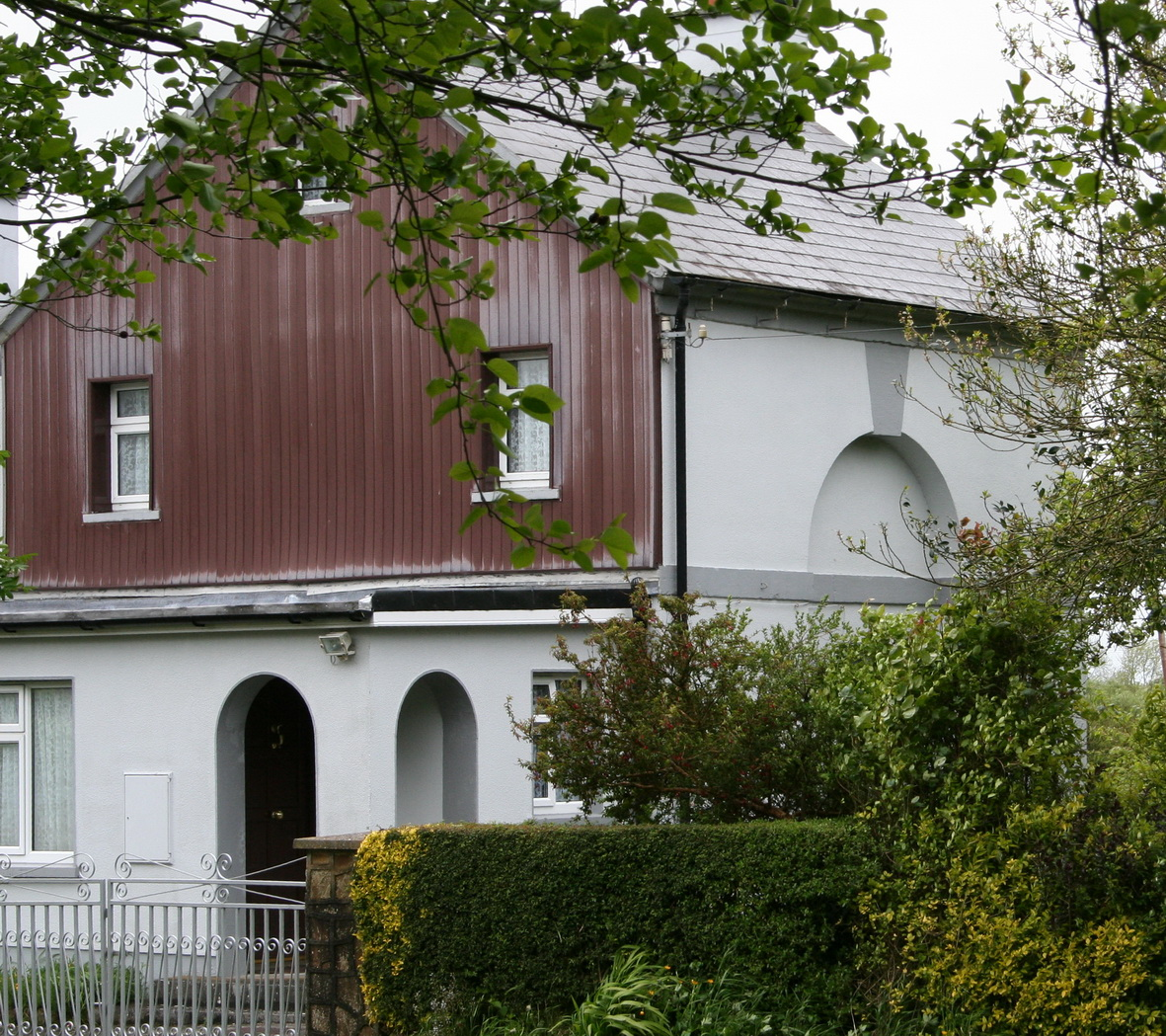 The Omer lockhouse, Banagher