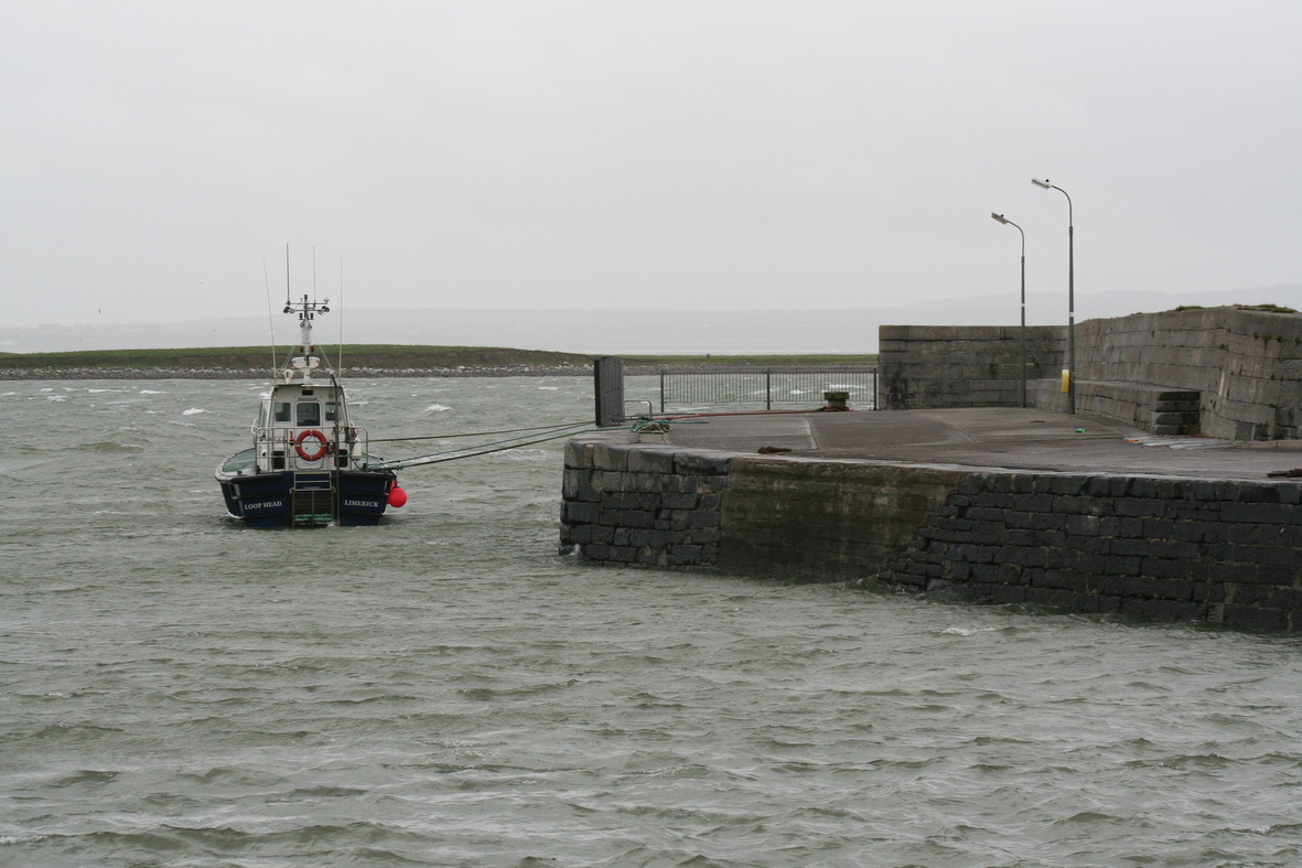 Cappagh Pier in a gale October 2009 16_resize