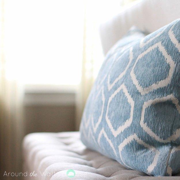 pillow-bench-coastal--decor