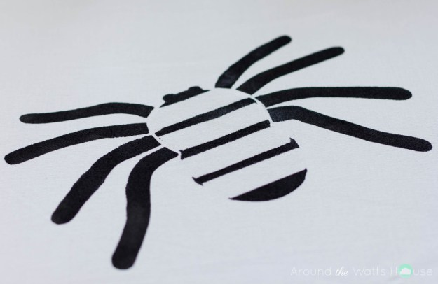 Cutting-Edge-Stencil-Paint-a-Pillow-Spider-Stencil