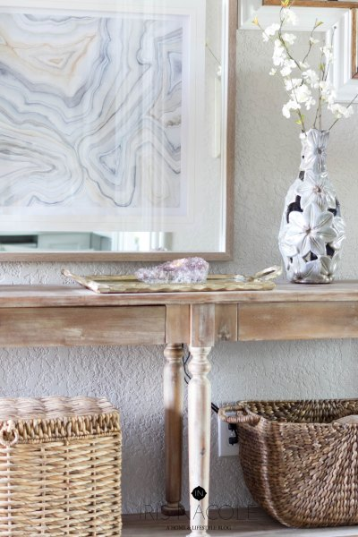 Entryway Console Table Styling Tips (How to Decorate Any Table Blog Hop)