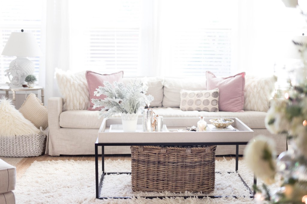 pink accents-bohemain-glam-christmas-home-tour-iris-nacole-living-room-tour