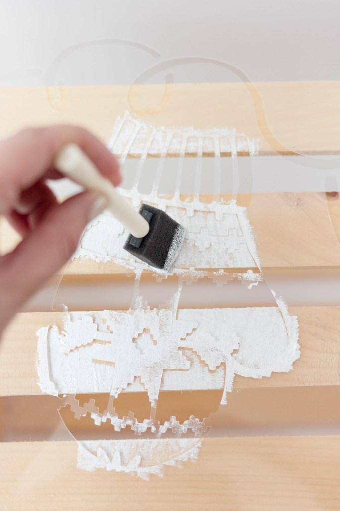 cutting-edge-stencils-mittens-crate-step3