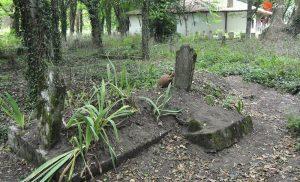 Issız Cuma Mezarlığı ( Gizemli Olaylar )