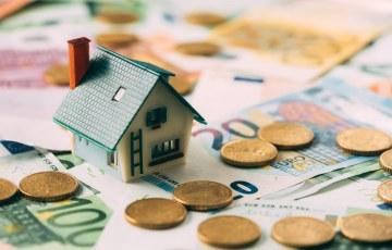 Czynsze za wynajem mieszkań wciąż rekordowo wysokie, ale tempo ich wzrostu spada.