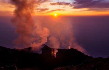 Wybuch wulkanu we Włoszech [WIDEO]