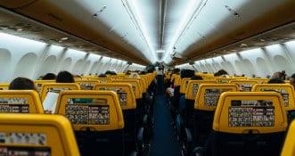 Hiszpański sąd nakazał Ryanairowi anulować opłatę za bagaż podręczny!