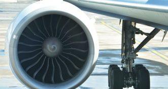 KE: Linie lotnicze muszą zwrócić pasażerom pieniądze za anulowane loty!