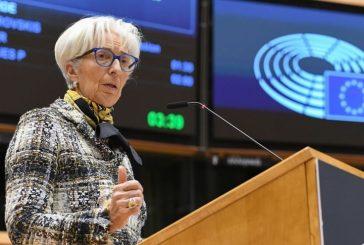 Europosłowie wzywają EBC do przygotowania się do nadchodzących trudności gospodarczych