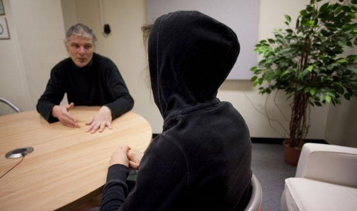 PE: korzystanie z usług seksualnych ofiar handlu ludźmi musi być uznane za przestępstwo