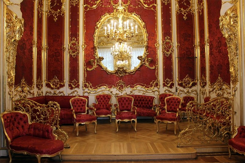 The Hermitage: boudoir | 7 Places to See on Your First Time in St. Petersburg