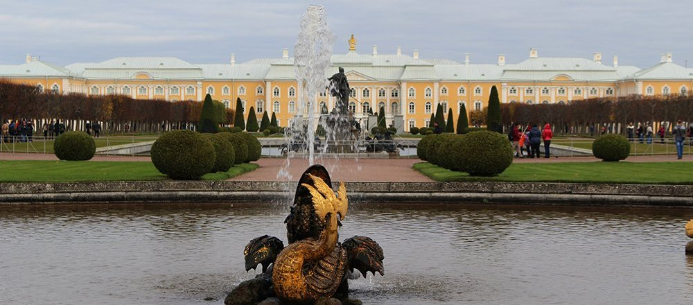 3 best 1 day trips from st petersburg