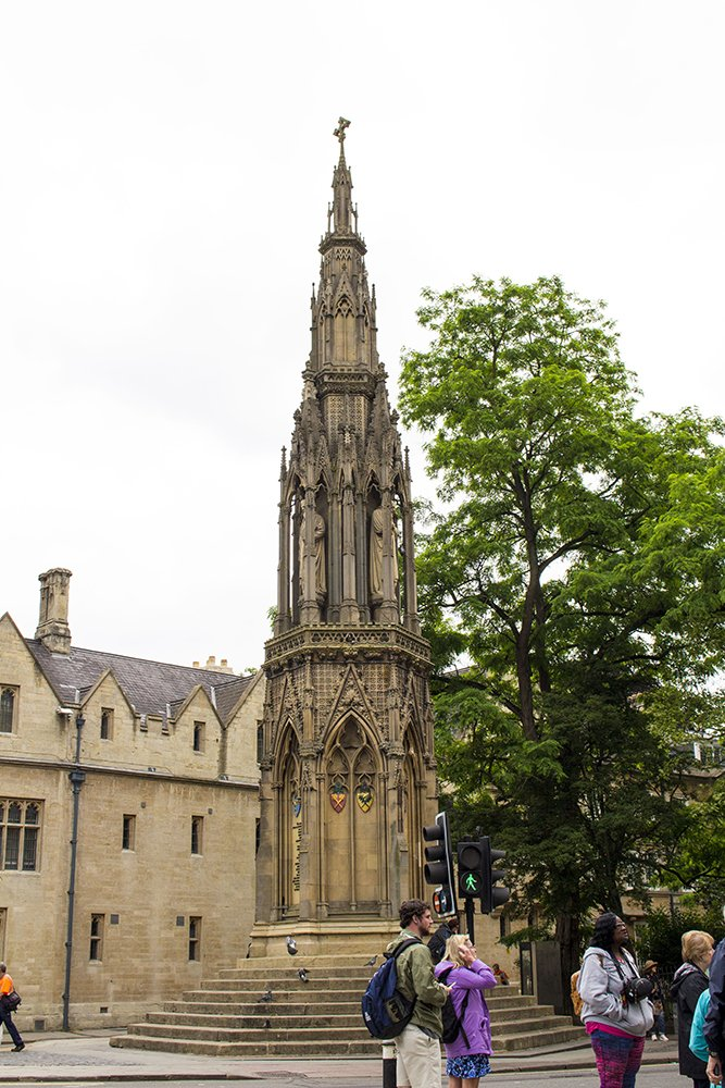 1 day in Oxford Walking Itinerary | Martyrs Memorial