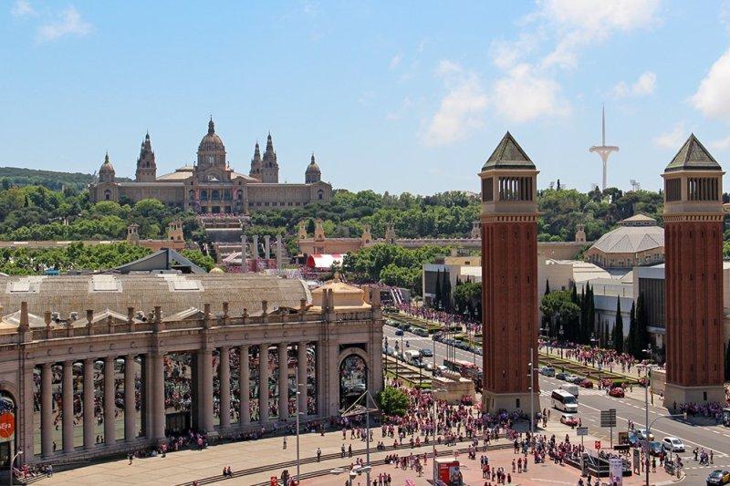 Travel tips for Barcelona, Spain | Placa Espanya