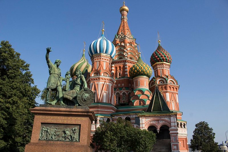 Architectural gems of Moscow, Russia | St Basils Cathedral in the Red Square